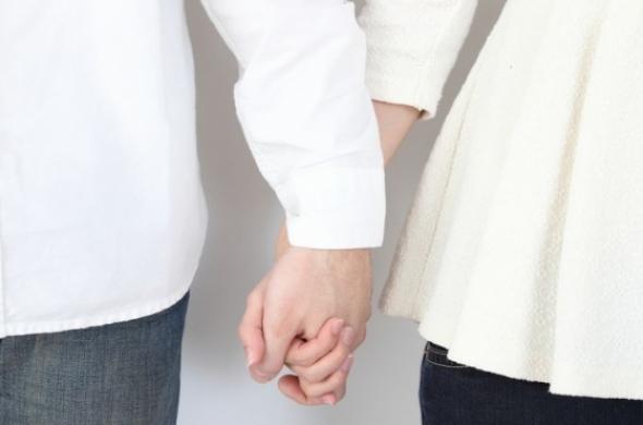 既婚者同士の恋愛、プラトニックでも不倫?